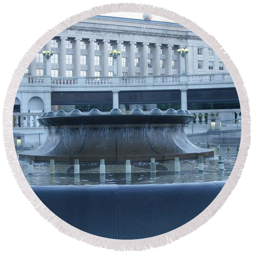 Harrisburg Round Beach Towel featuring the photograph State Capital Fountain by Rob Luzier