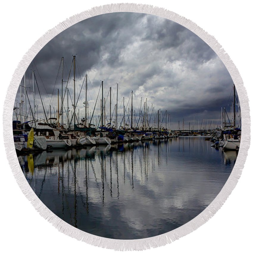 Dock Round Beach Towel featuring the photograph Storm's Approach by Heidi Smith