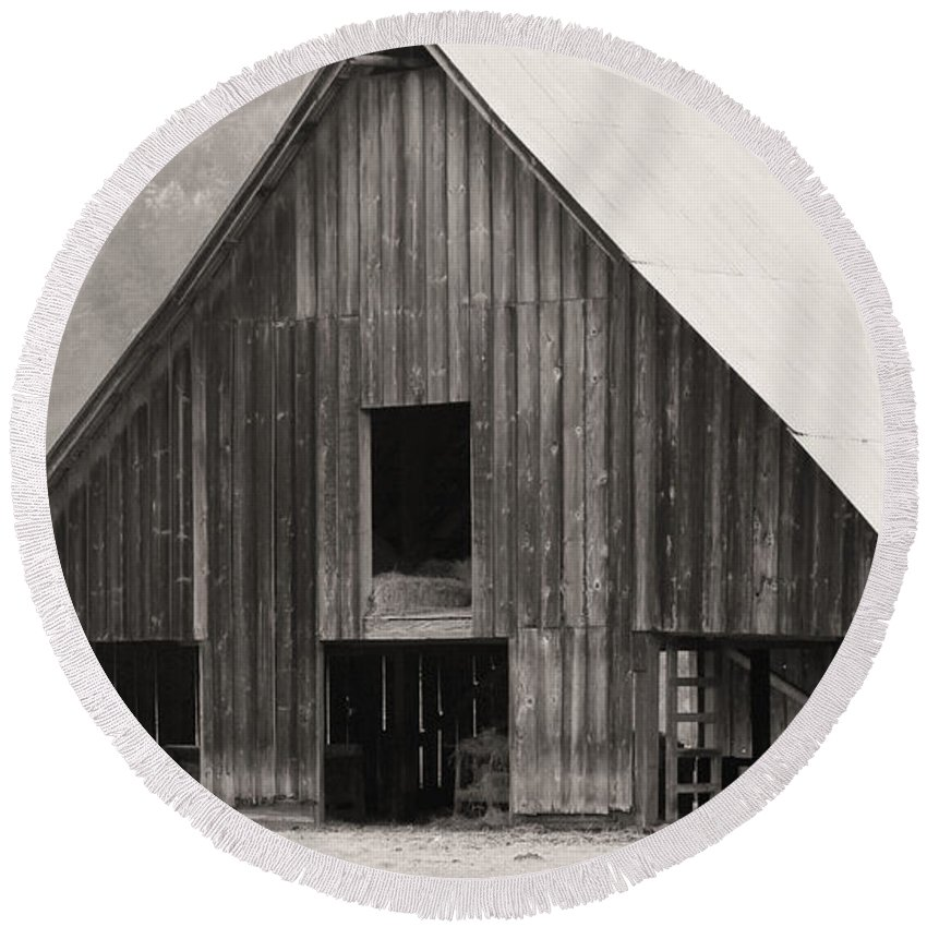 Barn Round Beach Towel featuring the photograph Story Of The Barn by Katie Wing Vigil