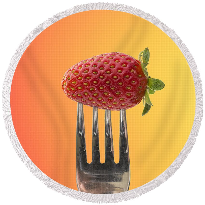 Background Round Beach Towel featuring the photograph Strawberry On Fork by Paulo Goncalves