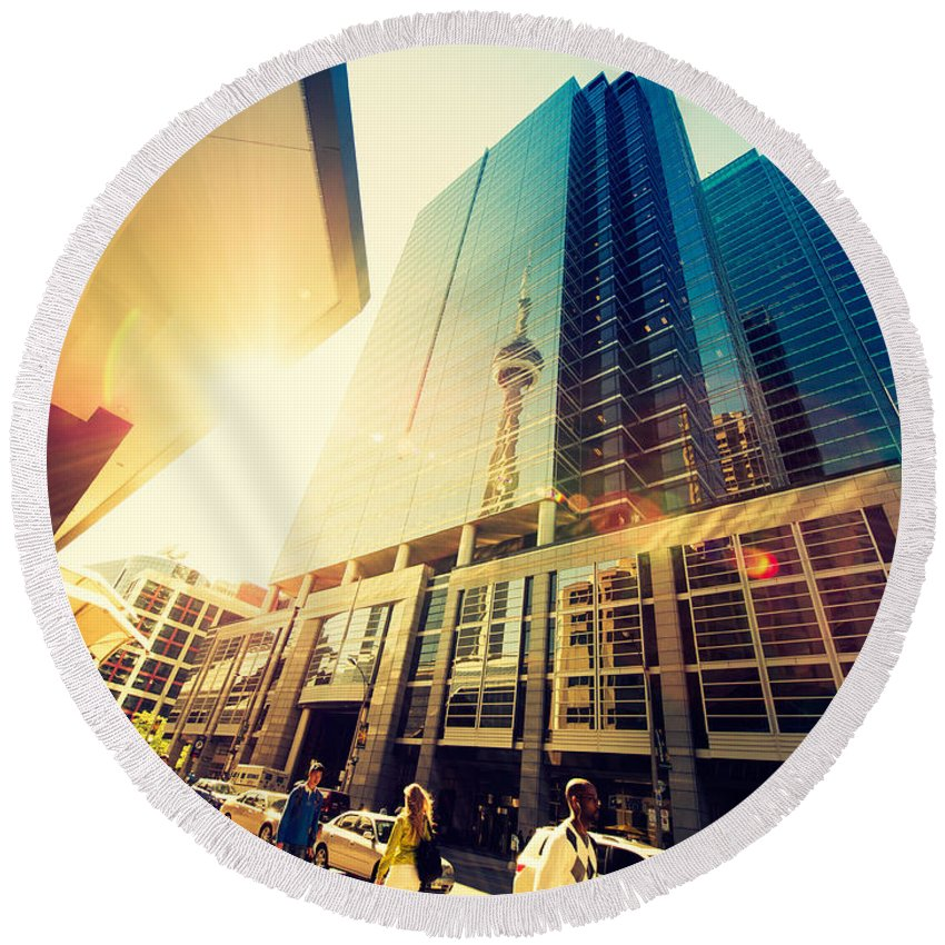Toronto Round Beach Towel featuring the photograph Streets Of Toronto by Alexander Voss