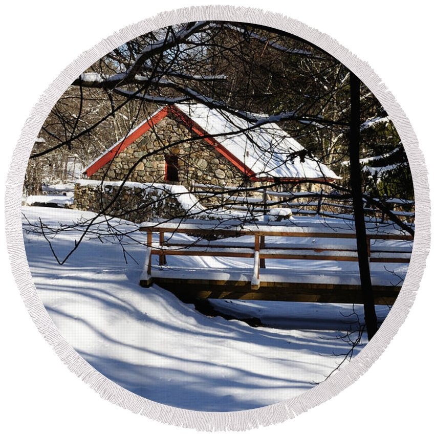 Sudbury Round Beach Towel featuring the photograph Sudbury - Grist Mill In The Woods by Mark Valentine