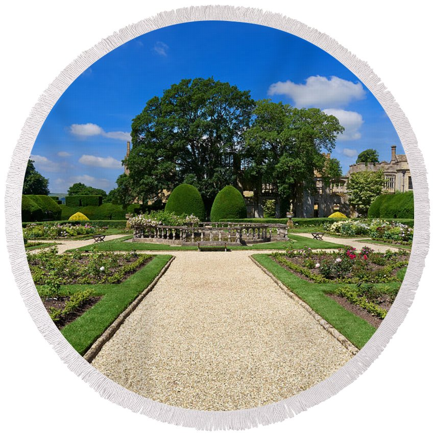 Queens Round Beach Towel featuring the photograph Sudeley Castle Gardens In The Cotswolds by Louise Heusinkveld