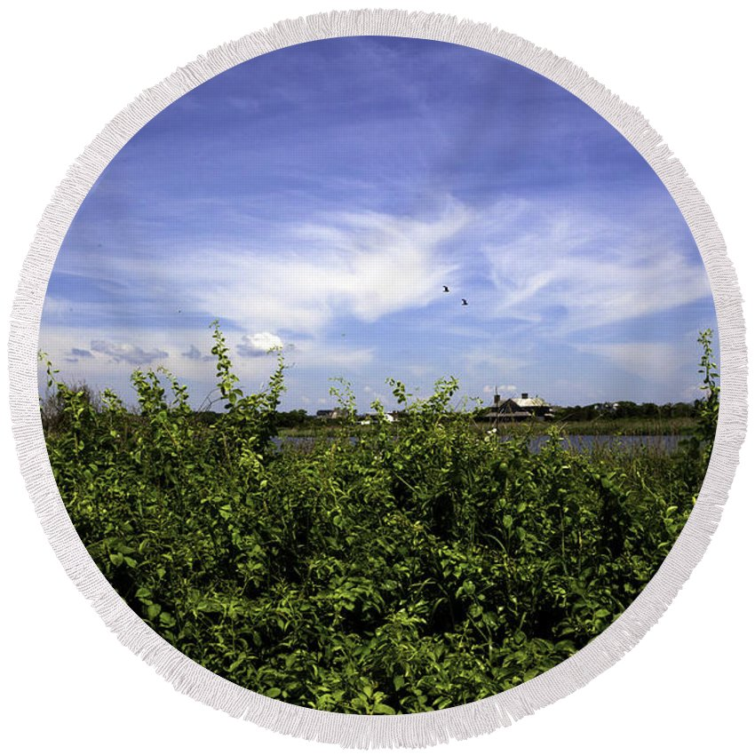 Bridgehampton Round Beach Towel featuring the photograph Summer In Bridgehampton by Madeline Ellis