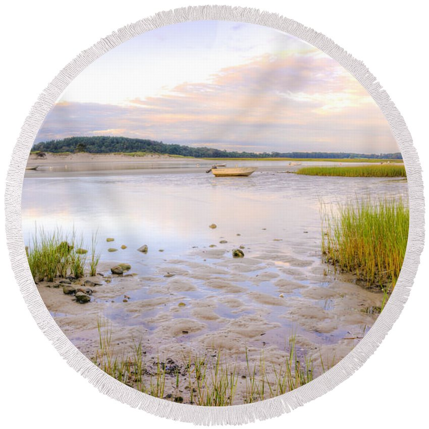 Sunrise Round Beach Towel featuring the photograph Summer Sunrise At Little Neck by David Stone