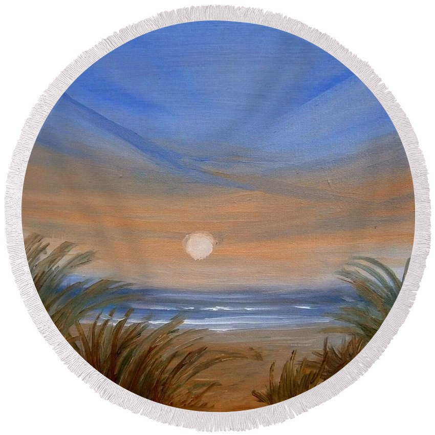 Seascape Round Beach Towel featuring the painting Sun And Sand by Holly Martinson