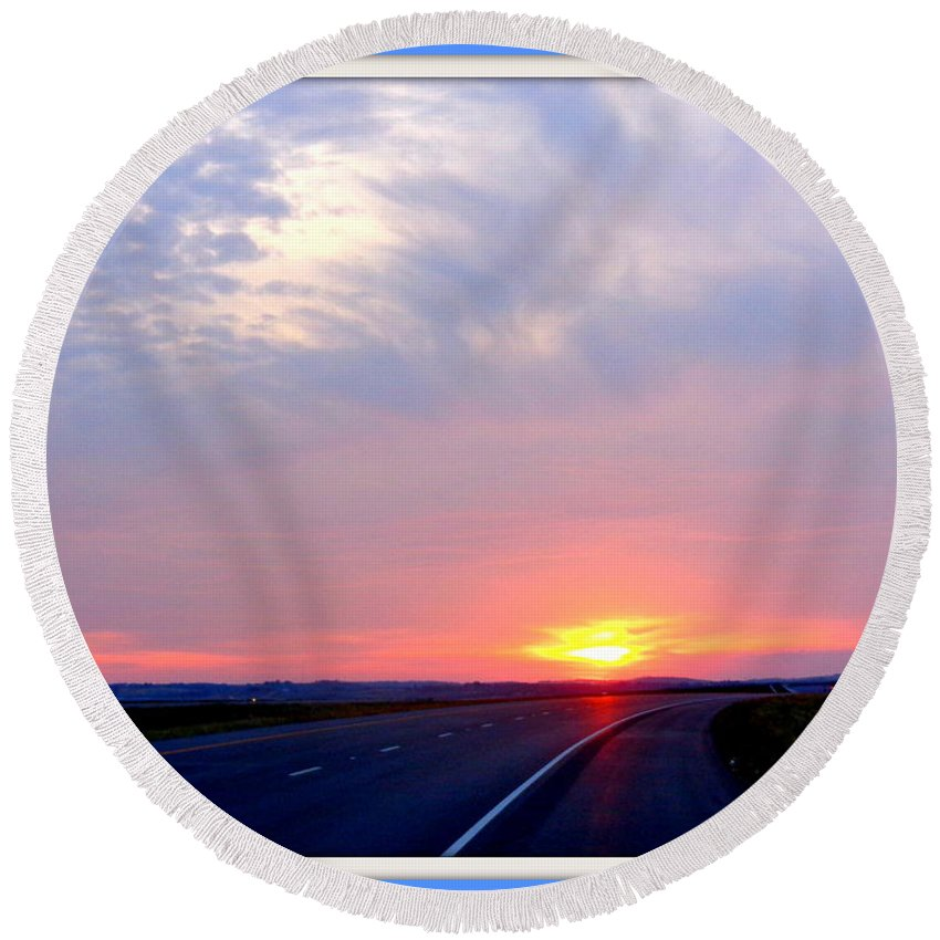 Glorious Round Beach Towel featuring the photograph Sun Set Going Home On The Toll Road by Victoria Beasley