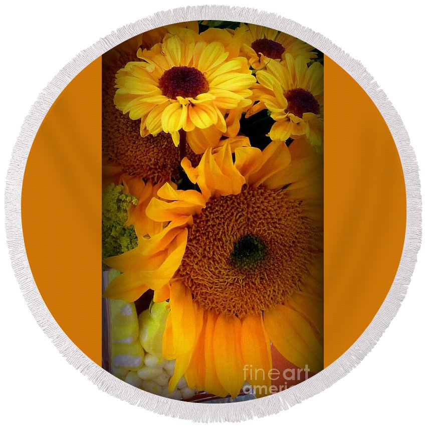 Bouquet Of Flowers Round Beach Towel featuring the photograph Sunny Easter Bouquet by Susan Garren