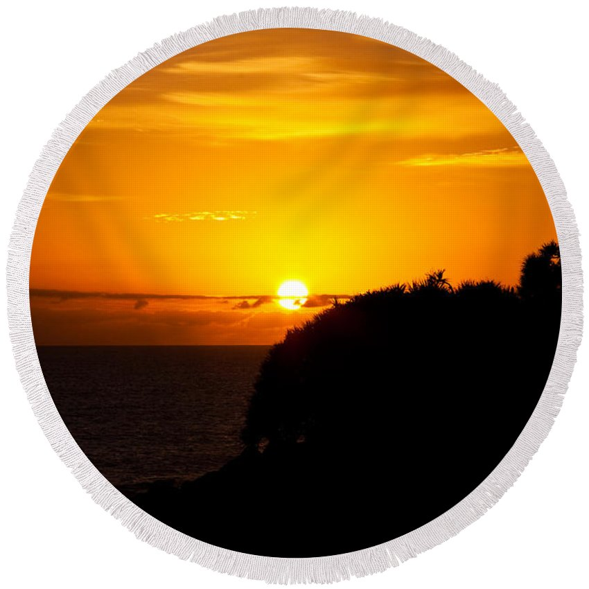 Sun Round Beach Towel featuring the photograph Sunrise by Darren Burton