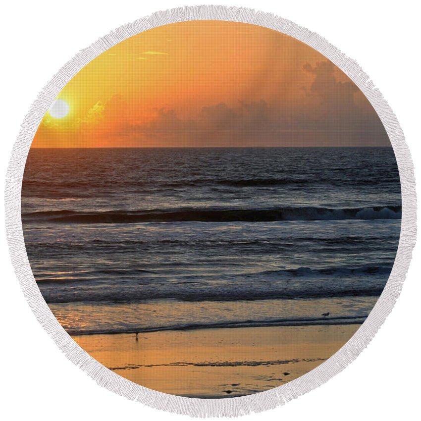 Sunrise Round Beach Towel featuring the photograph Sunrise Daytona by Shirley Roberson