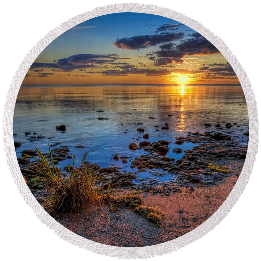 Sun Round Beach Towel featuring the photograph Sunrise over Lake Michigan by Scott Norris