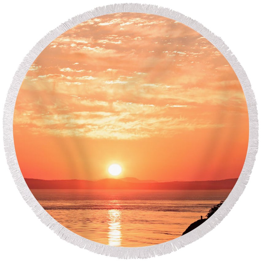 Landscape Round Beach Towel featuring the photograph Sunrise - Sunset by Paul Fell