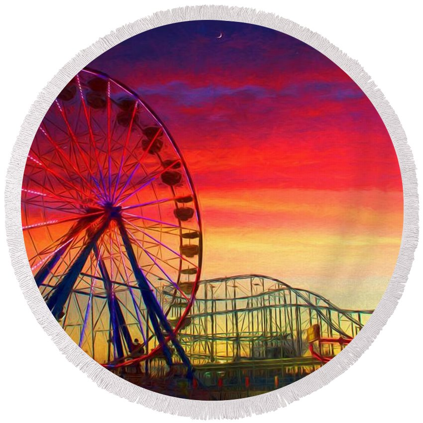 Daytona Beach Boardwalk Ferris Wheel Round Beach Towel featuring the photograph Sunset And A Sliver Moon by Alice Gipson