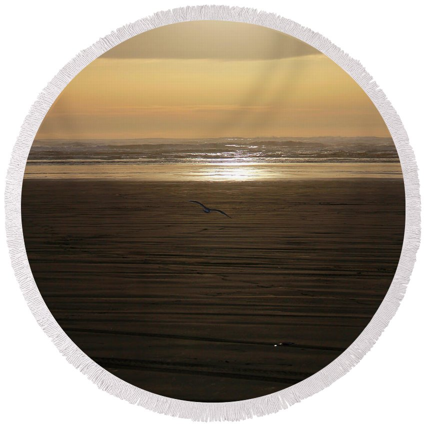 Ocean Round Beach Towel featuring the photograph Sunset At Ocean Shores II by Jeanette C Landstrom