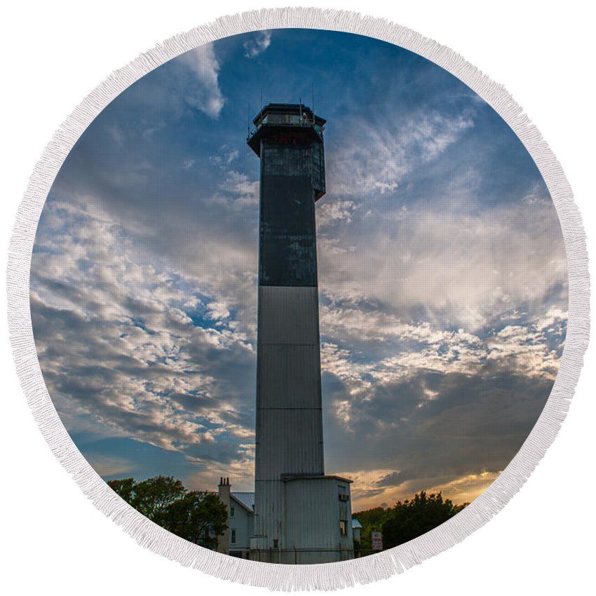 Sullivan's Island Lighthouse Round Beach Towel featuring the photograph Sunset At The Lighthouse by Dale Powell