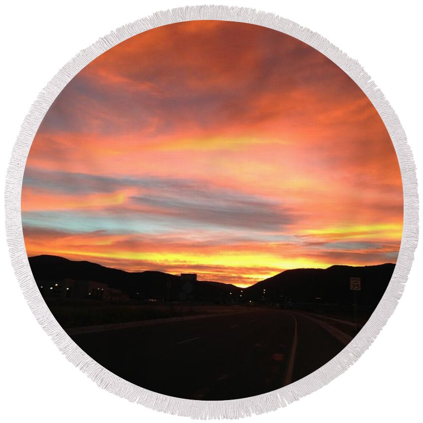 Sunset Round Beach Towel featuring the photograph Sunset In The Southwest by LeLa Becker
