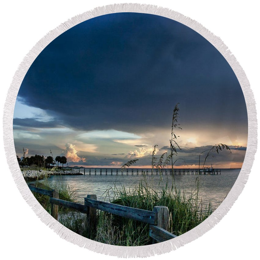 Sunset Round Beach Towel featuring the photograph Sunset On Tampa Bay by Norman Johnson