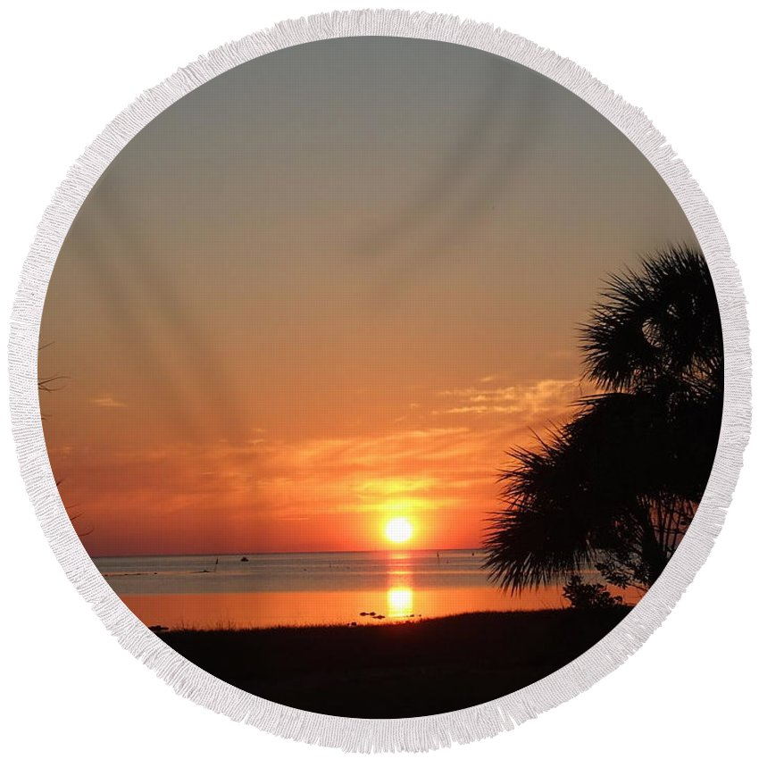 Orange Round Beach Towel featuring the photograph Sunset On The Florida Gulf by Susan Wyman