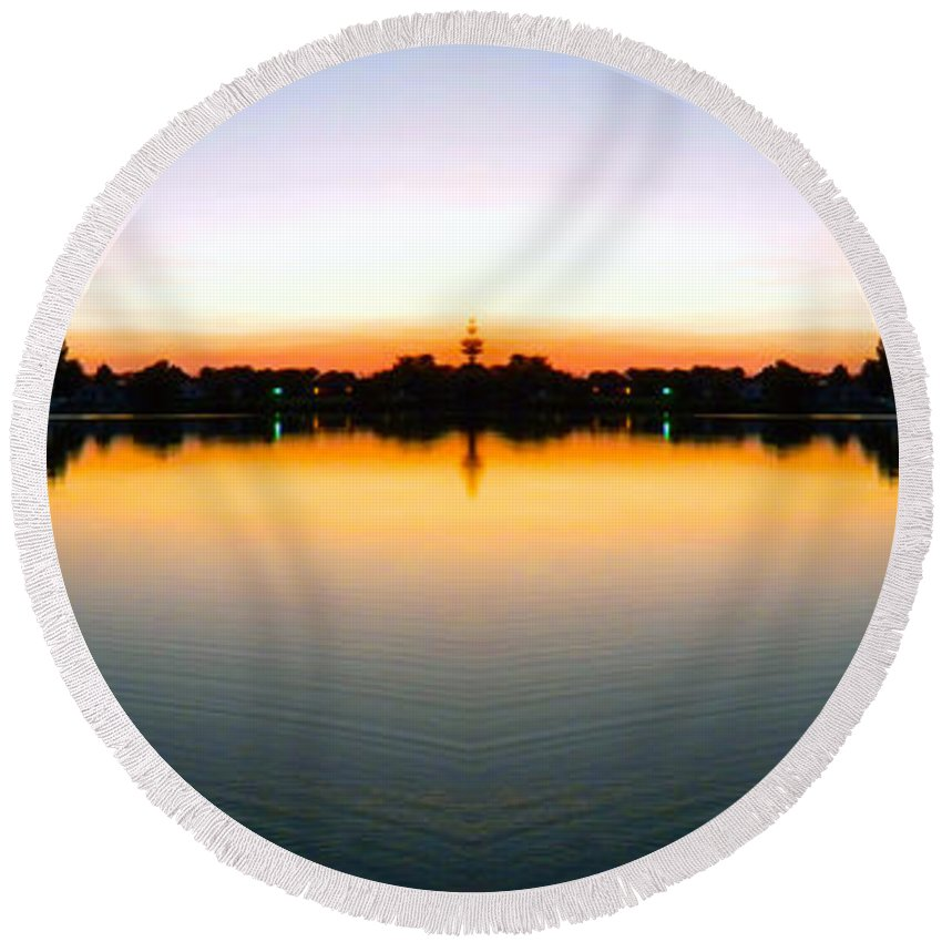 Sun Round Beach Towel featuring the photograph Sunset Over Still Waters Mirror Image by Thomas Woolworth