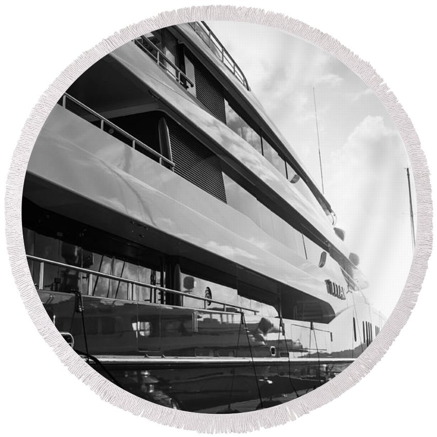 English Harbor Round Beach Towel featuring the photograph Super Yacht by Ferry Zievinger