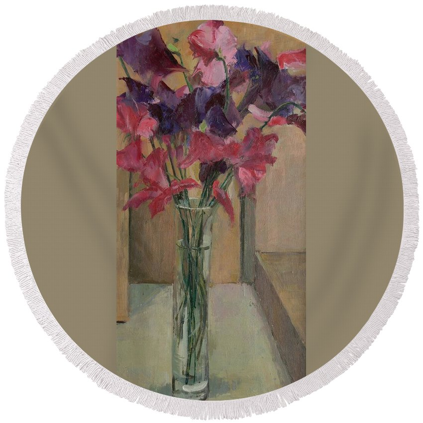 Flower Round Beach Towel featuring the painting Sweet Peas by Pat Maclaurin