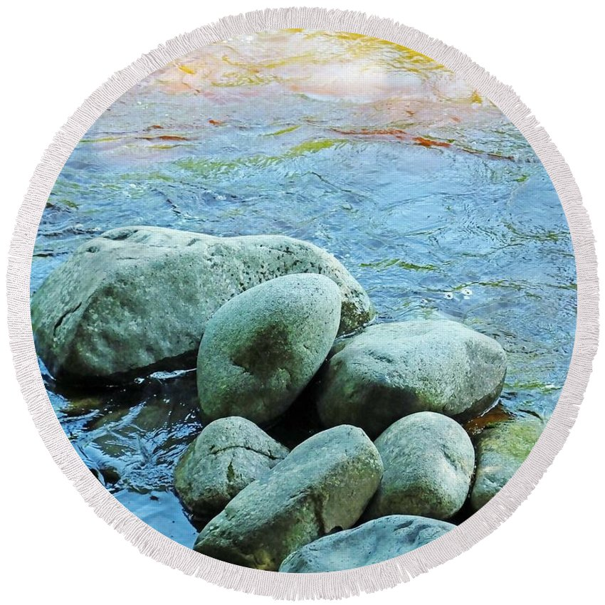 White Mountain National Forest Round Beach Towel featuring the photograph Swift River Rock Kancamagus Highway Nh by Lizi Beard-Ward