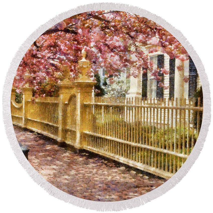 Salem Round Beach Towel featuring the photograph Take A Walk Along Federal Street by Jeff Folger