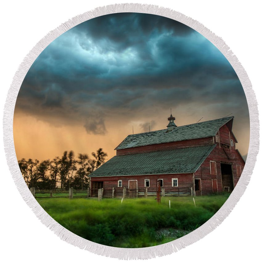 Run Round Beach Towel featuring the photograph Take Shelter by Aaron J Groen