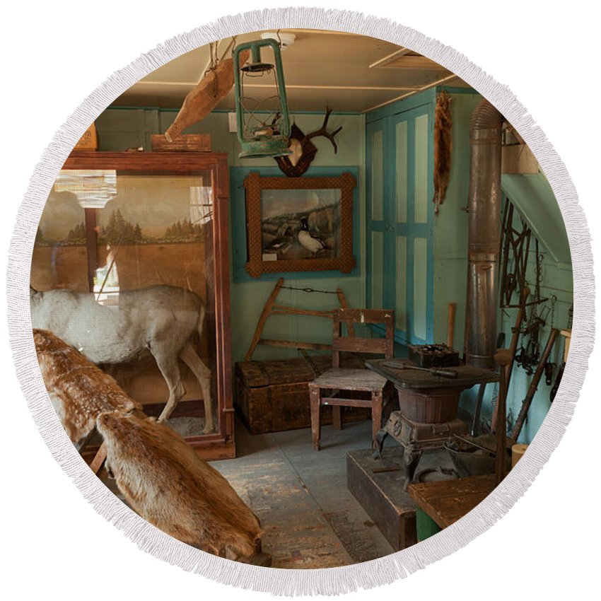 Cabin Round Beach Towel featuring the photograph Taxidermy At The Holzwarth Historic Site by Fred Stearns