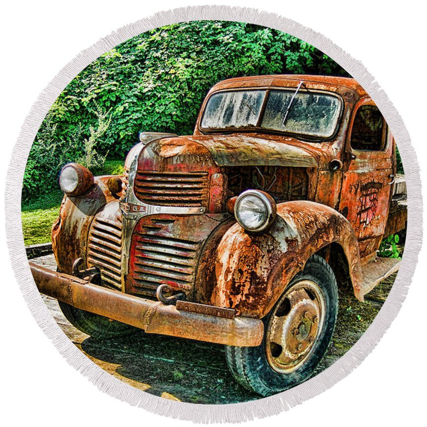 Trucks Round Beach Towel featuring the photograph Telegraph Cove Dodge Pickup by Randy Harris