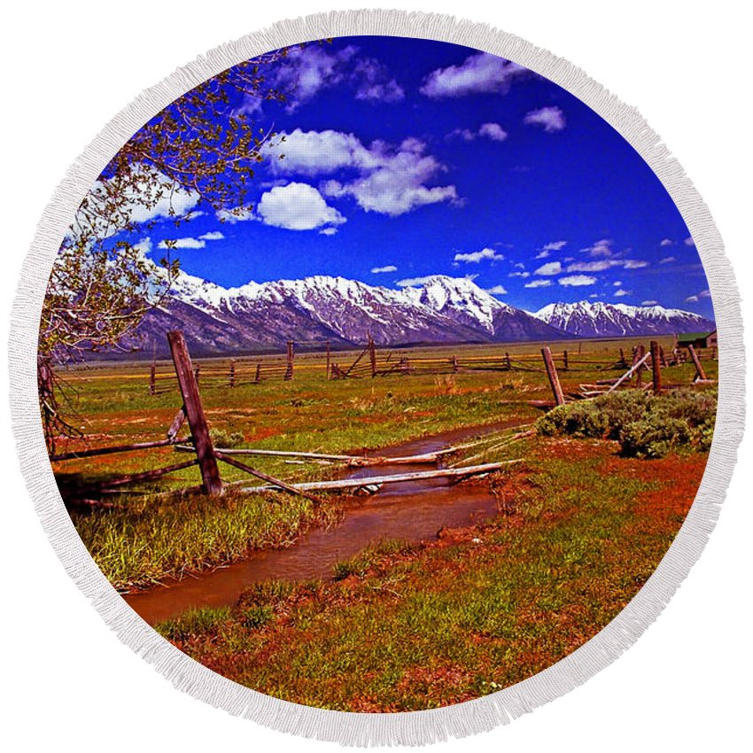 Wyoming Round Beach Towel featuring the photograph Tetons From Antelope Flats by Rich Walter