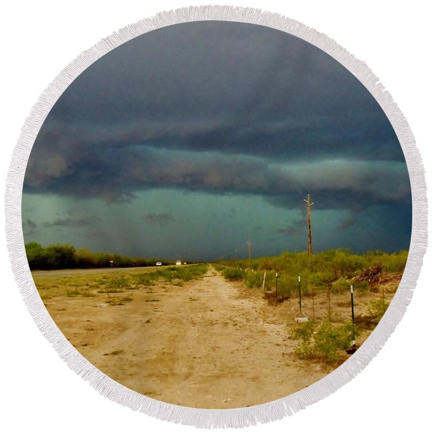 Texas Round Beach Towel featuring the photograph Texas Blue Thunder by Ed Sweeney