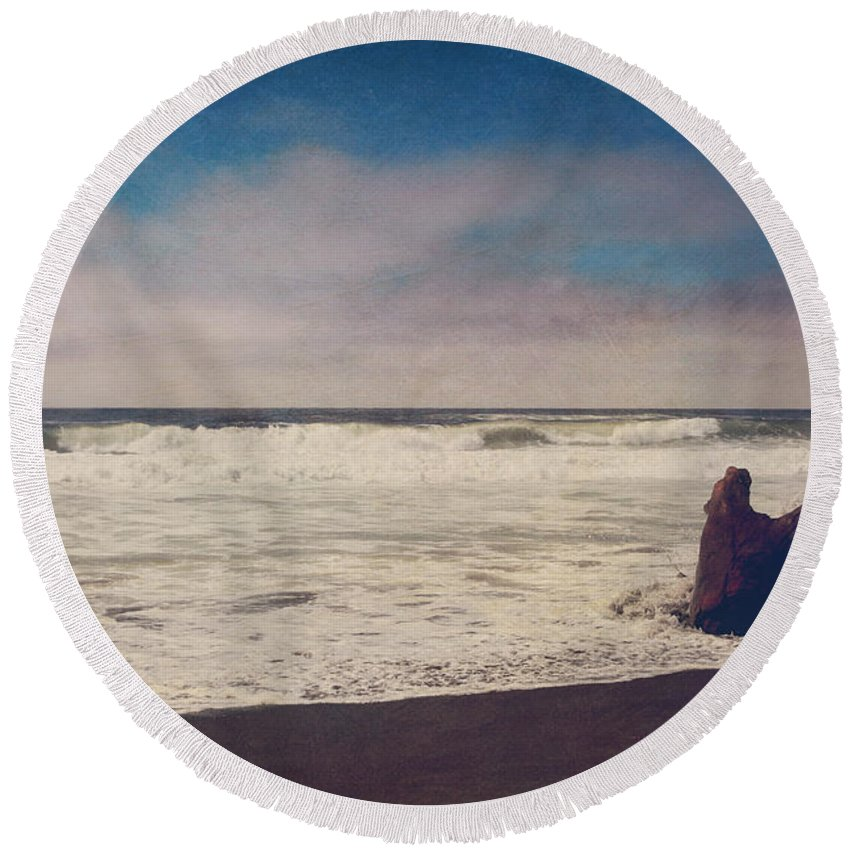 Manchester State Beach Round Beach Towel featuring the photograph That Dirty Game Recaptures Me by Laurie Search