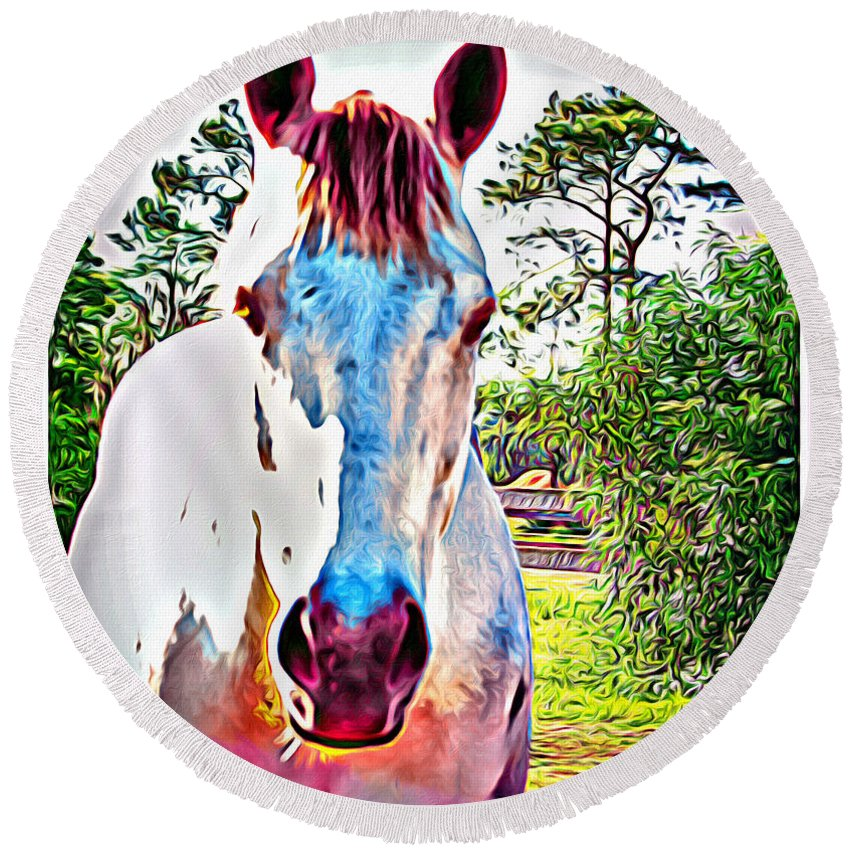 Horse Portrait Round Beach Towel featuring the photograph That Horses Face by Alice Gipson