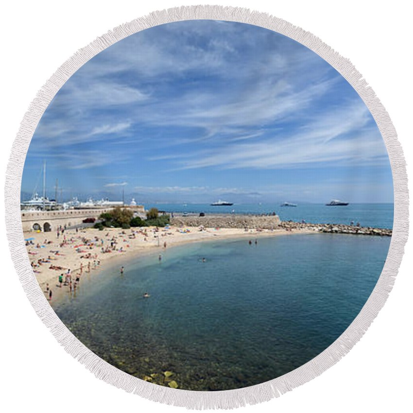 Seascape Round Beach Towel featuring the photograph The Beach At Cap D' Antibes by Allen Sheffield