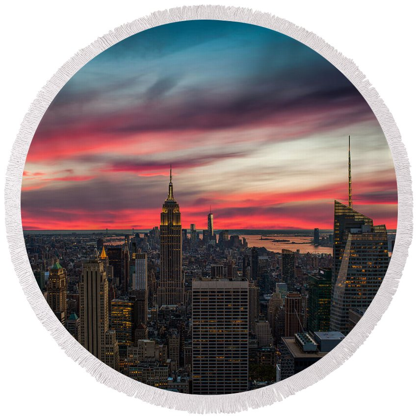 New York City Skyline Round Beach Towels