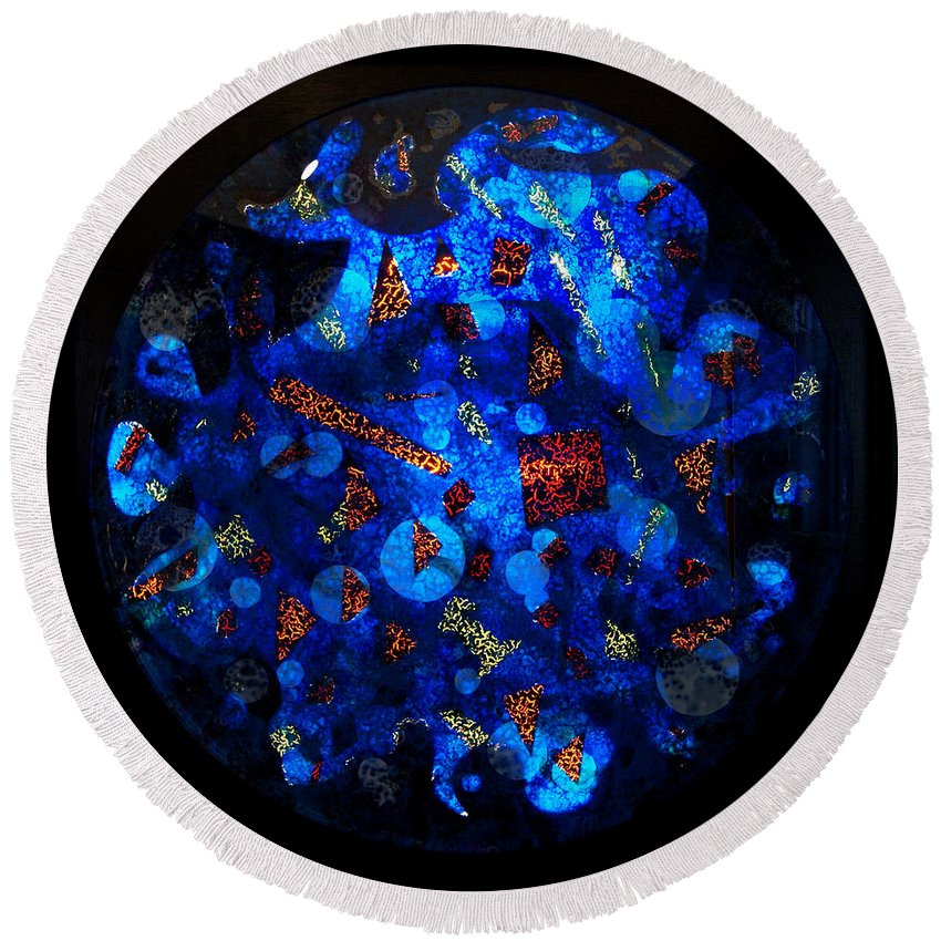 Fish Tank Round Beach Towel featuring the mixed media The Deep Three by Christopher Schranck
