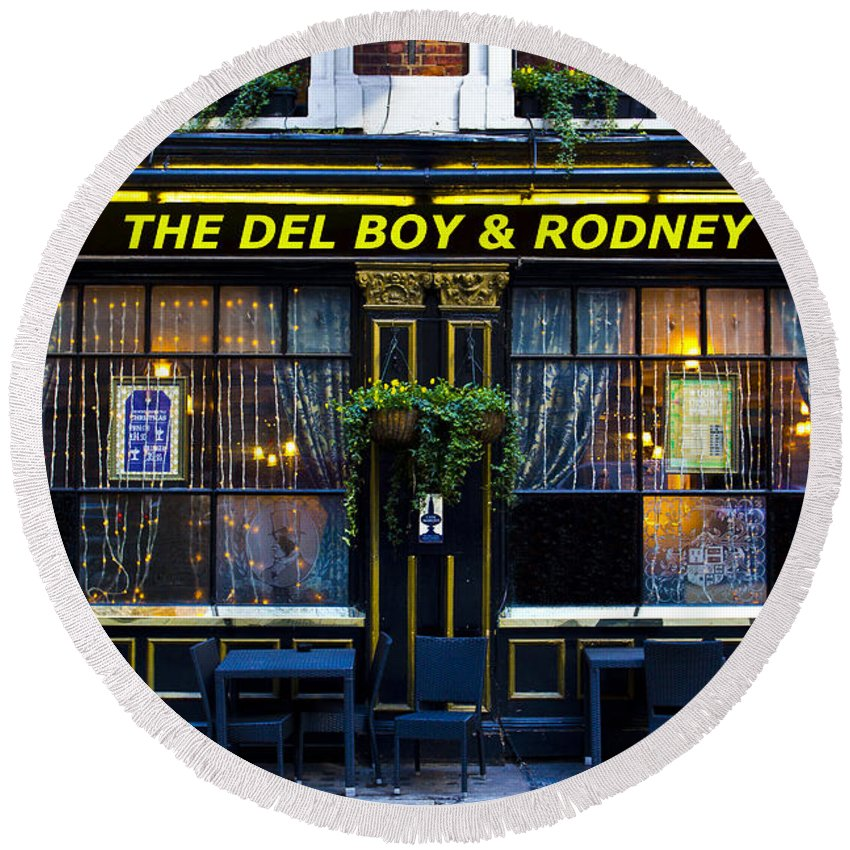 Only Fools And Horse's Round Beach Towel featuring the photograph The Del Boy And Rodney Pub by David Pyatt