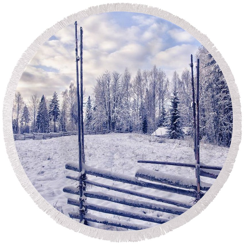 Kovero Round Beach Towel featuring the photograph The Fence by Jouko Lehto