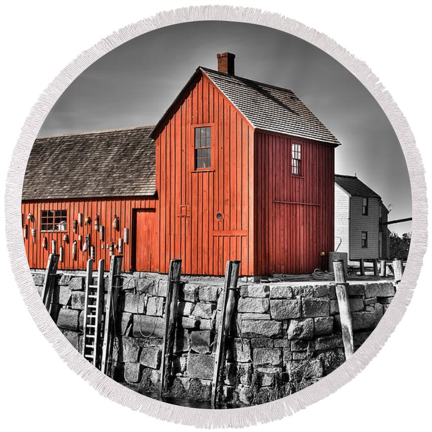Usa Round Beach Towel featuring the photograph The Fishing Shack by Andrew Crispi