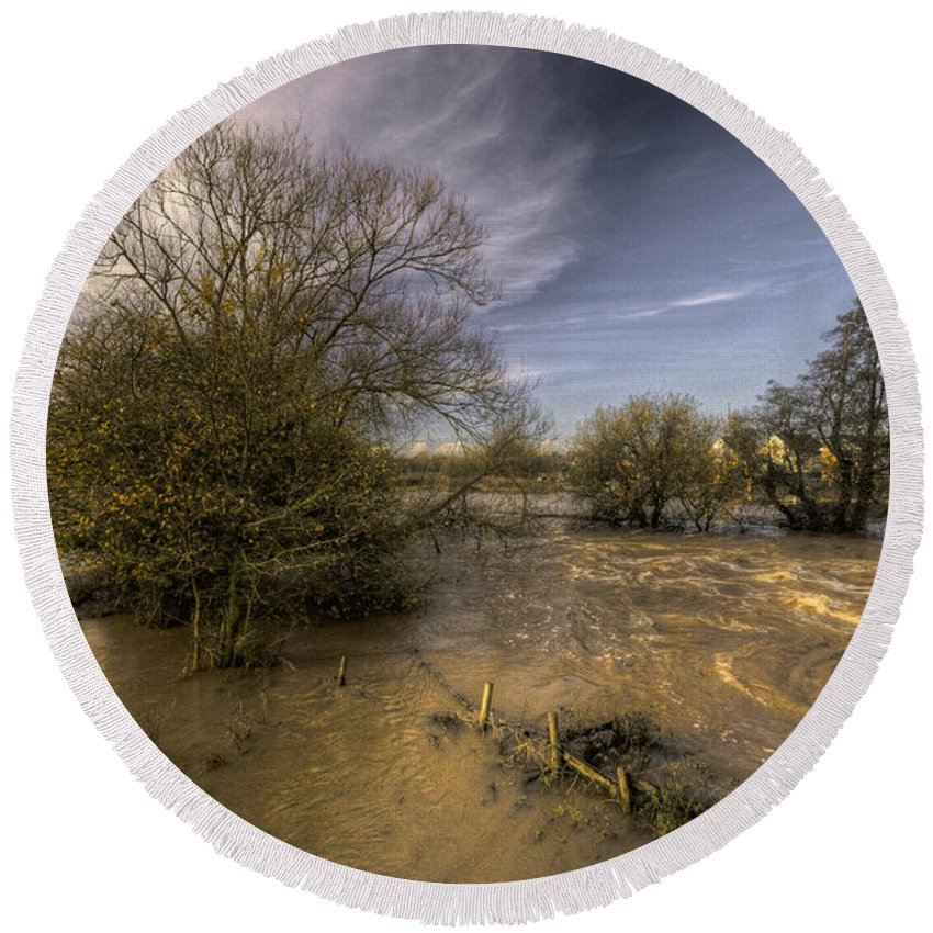 Stoke Canon Round Beach Towel featuring the photograph The Floods At Stoke Canon by Rob Hawkins