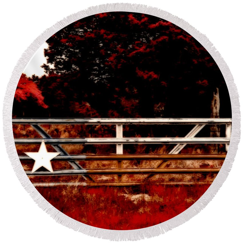 Tree Round Beach Towel featuring the photograph The Gate To Texas by Douglas Barnard
