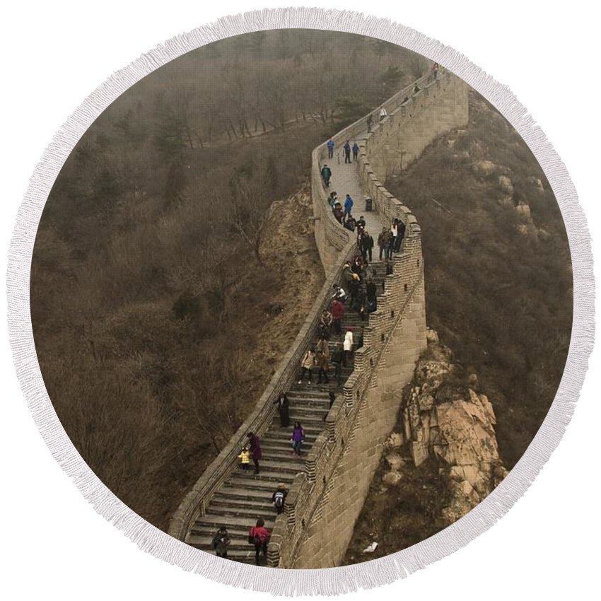 Great Wall Of China Round Beach Towel featuring the photograph The Great Wall Of China At Badaling - 3 by Hany J