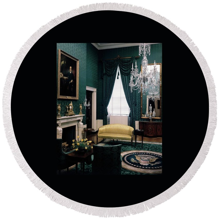 White House Round Beach Towel featuring the photograph The Green Room In The White House by Haanel Cassidy
