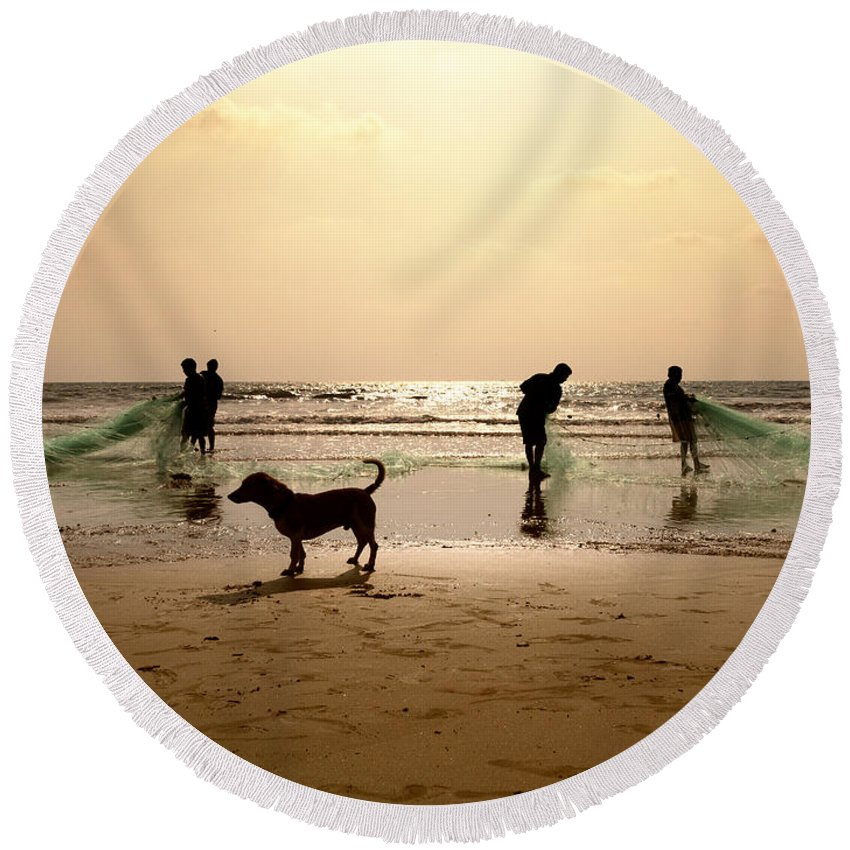 Africa Round Beach Towel featuring the photograph The Guardian Dog by Stelios Kleanthous