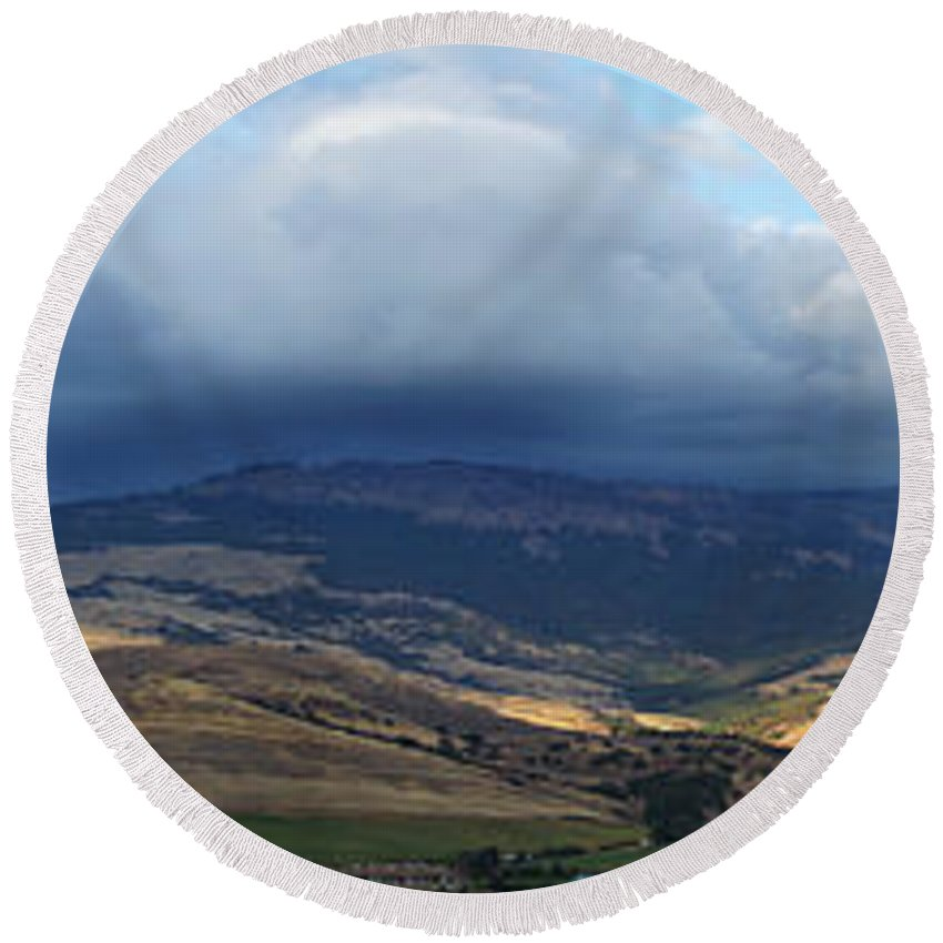 Panorama Round Beach Towel featuring the photograph The Hills Of Ashland by Mick Anderson