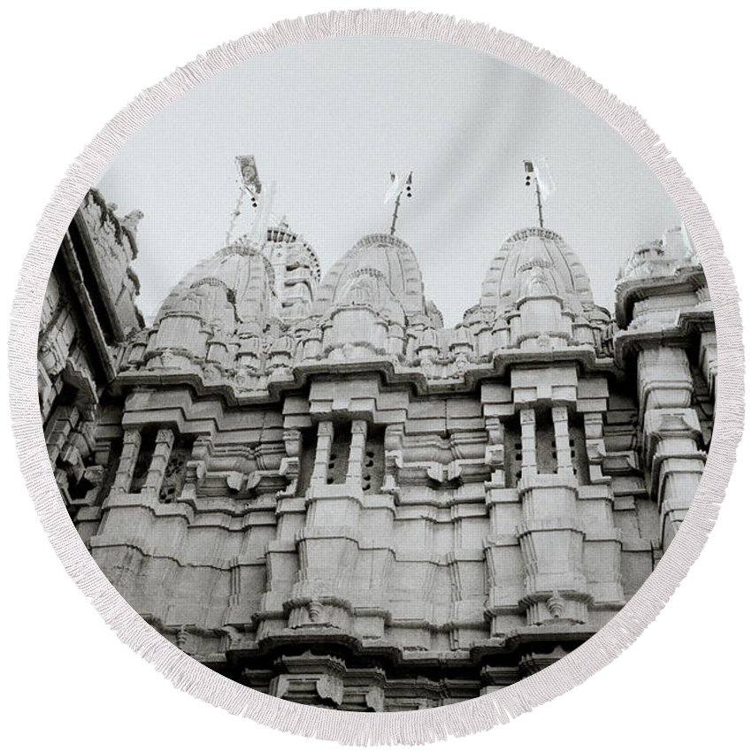 India Round Beach Towel featuring the photograph The Jain Towers by Shaun Higson