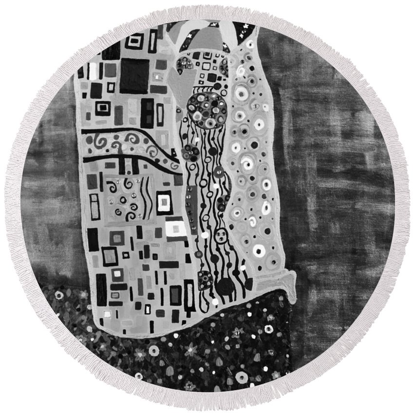 Romance Round Beach Towel featuring the painting The Kiss Bw by Angelina Vick