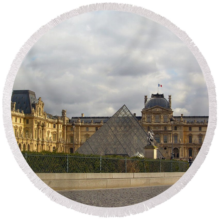Paris Round Beach Towel featuring the photograph The Louvre by Louis Yamonico