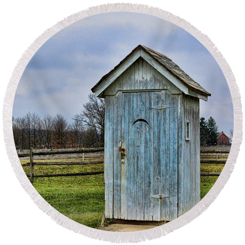 Outhouse Round Beach Towel featuring the photograph The Outhouse - 4 by Paul Ward
